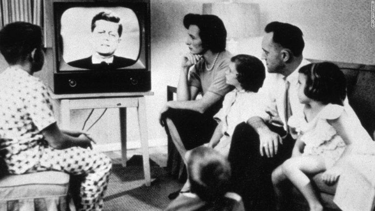 Televisão ainda é uma das principais mídias