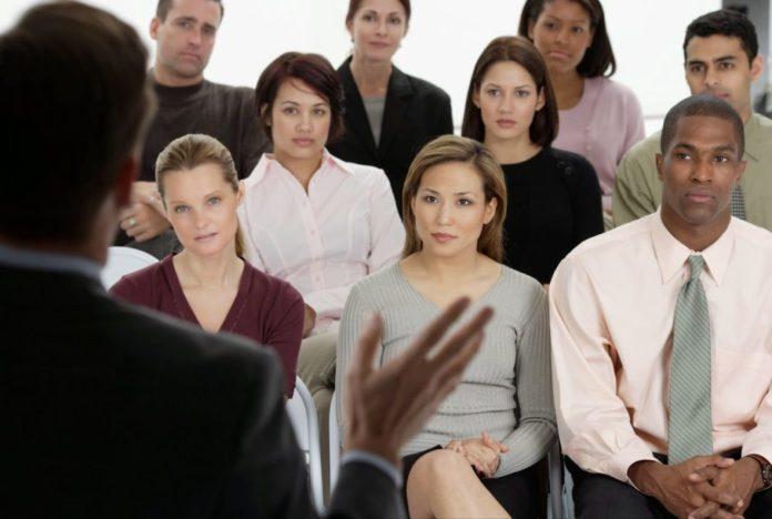 Treinamento e desenvolvimento de funcionários: como fazer?