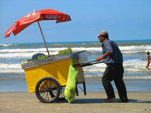 Empreendedor Informal - Vendedor Ambulante de Praia