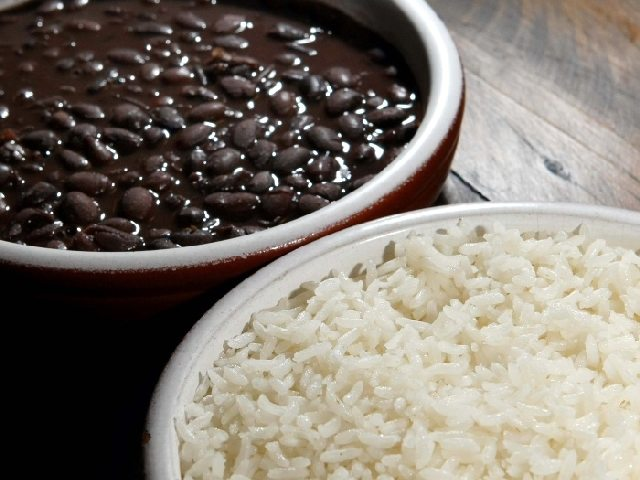 productivity and food - rice and beans