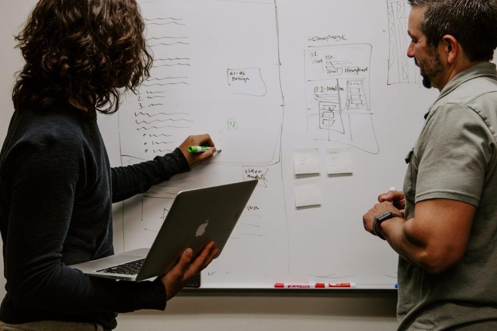 Como manter uma boa comunicação ao longo do projeto?